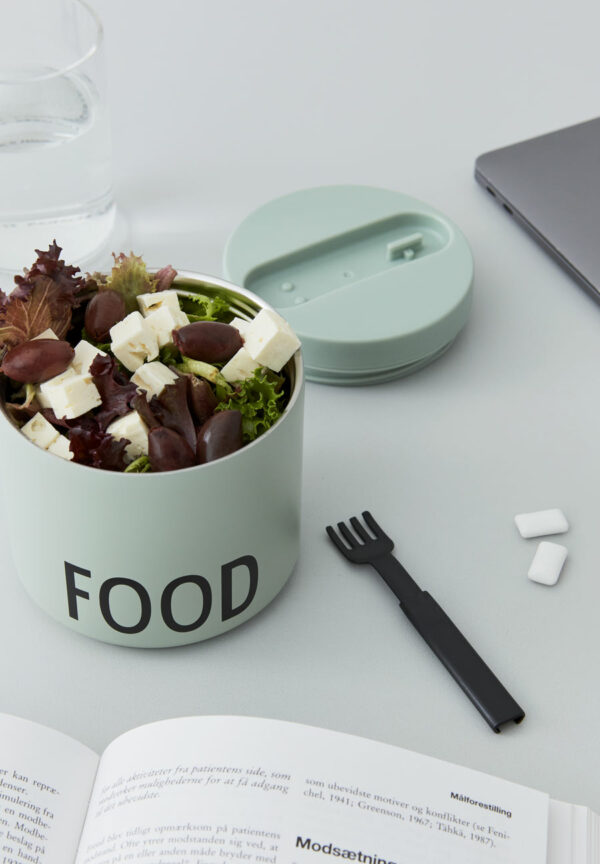 design letters lunch box