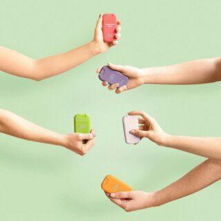 ✨HAAN✨ . Dag van de handhygiëne. De trendy handontsmetters van Haan doden 99,99% van de bacteriën op de huid. Ze zijn gemaakt van een unieke formule met aloë vera.  . #feelssafe #feelsstore #handwashing #staysafe #washyourhands #clean #handsanitizer #colouryourlife #modernmom #desinfectant #dagvandehandhygiëne