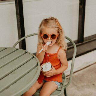 ✨GRECH & CO✨ . Wij zijn helemaal verliefd op de zonnebrilletjes van @grechandco ! . #feelthejoy #feelsfabulous #familyconceptstore #sunnies #grechandco #kidssunglasses #kidsfashion #webwinkel