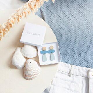 ✨STUDIO NOK NOK✨ . De mooie juwelen van Studio Nok Nok worden volledig met de hand gemaakt door Joline en Fleur! . #feelsfabulous #studionoknok #oorbellen #juwelen #earcandy #matchingearrings #spoilyourself #earringsmaketheoutfit #duurzaam