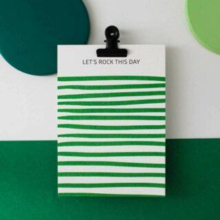✨HELLO AUGUST ✨ . Nieuw merkje bij Feels! Charlène van Hello august ontwerpt wenskaarten voor elk moment! Vaak vrolijk, maar ook voor de moeilijke momenten in het leven. De mooie gerecycleerde papiersoorten én de productie vlakbij maken het verhaal ook duurzaam. . #feelthehappyvibe #feelsfamilystore #feelsmaaktmensenblij #shoponline #winkelhier #belgianbrand #ecofriendly #wenskaarten #postcard