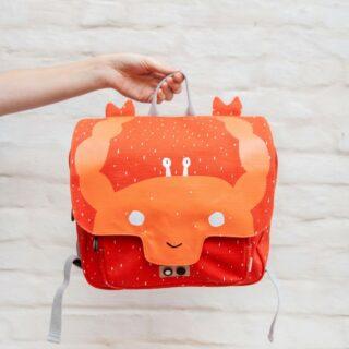 ✨TRIXIE✨ . Meet Mrs. Crab! 🦞 Echte eyecatchers deze boekentasjes! . #feelsgood #feelsstore #backtoschool #trixie #trixiebaby #naarschool #krab #kleuterboekentas #backtoschool2021